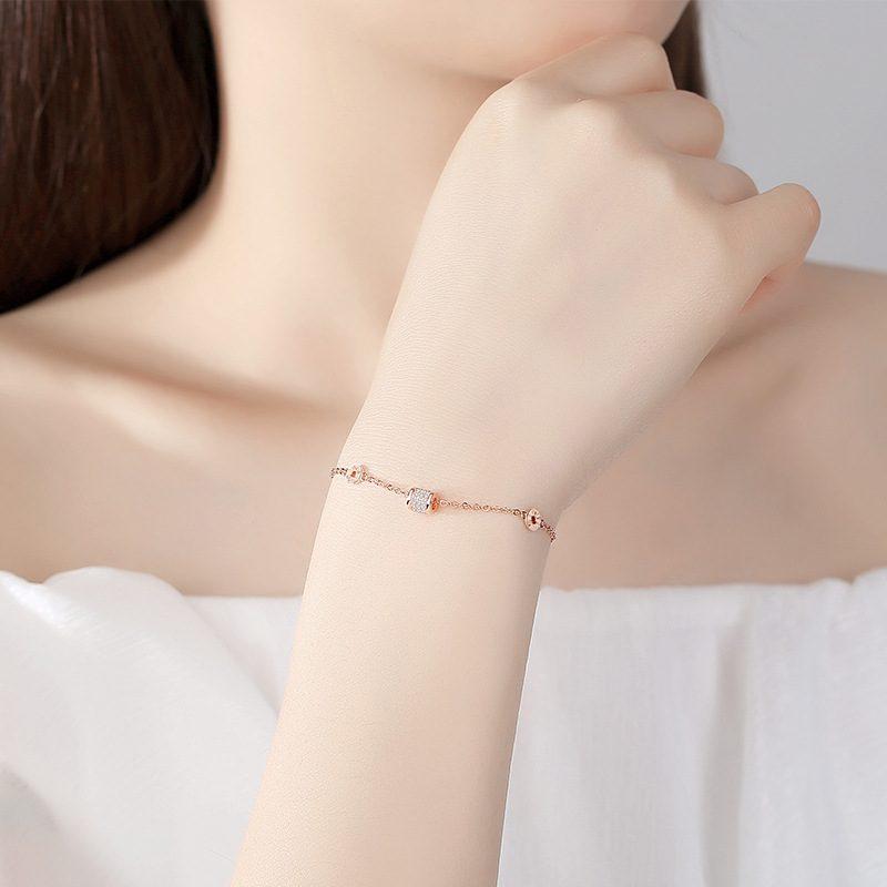 Lắc tay Vòng tay bạc đính đá Zircon Little Heart LILI_897556-01