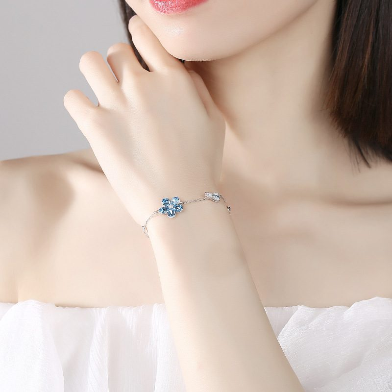 Lắc tay Vòng tay bạc đính pha lê Swarovski hình cánh hoa LILI_393667-02