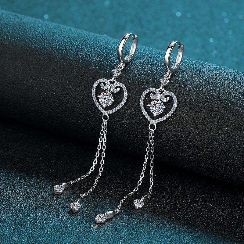 Bông tai bạc đính kim cương Moissanite 2 carat hình trái tim LILI_418498-01