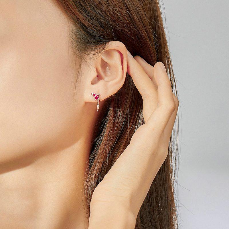 Bông tai bạc mạ bạch kim đính đá Zircon hinh cái Koi đỏ LILI_689961-04