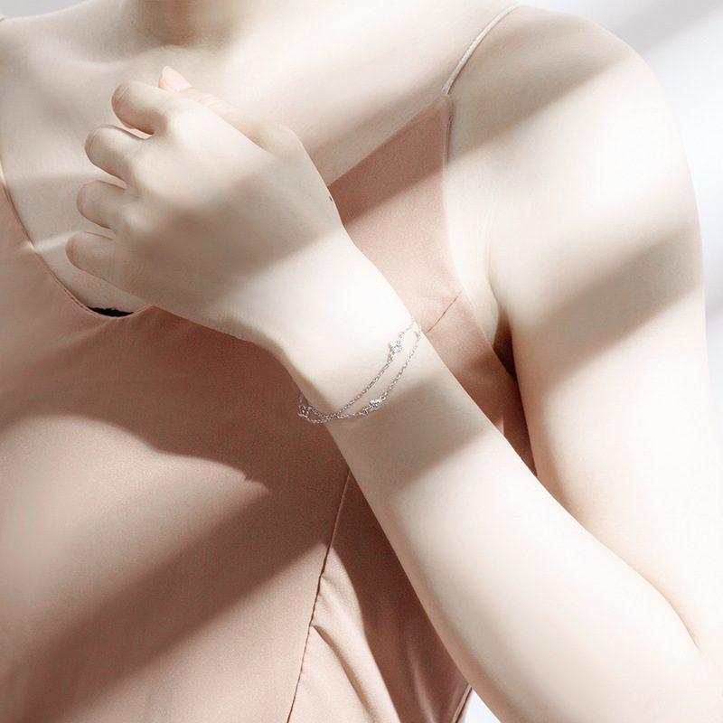 Lắc tay Vòng tay bạc đính đá Zircon hình cỏ 4 lá LILI_153982-01