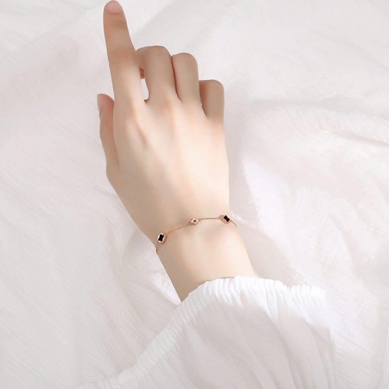 Lắc tay Vòng tay bạc hình cỏ 4 lá LILI_827243-01
