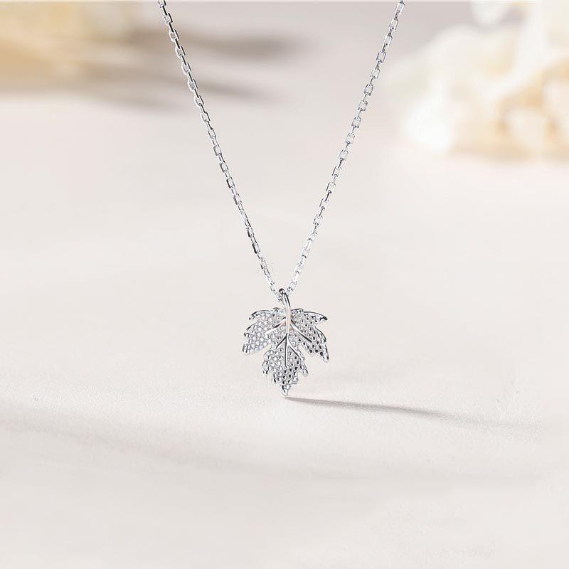 Bộ trang sức bạc mạ bạch kim hình lá phong LILI_841527-06