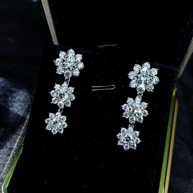 Bông tai bạc mạ vàng đính đá Zircon hình hoa hồng LILI_126482-02