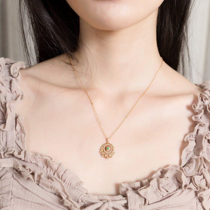 Mặt dây chuyền bạc mạ vàng đính ngọc lục bảo LILI_148515-2