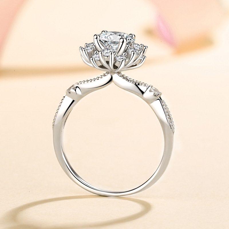 Nhẫn bạc đính đá Mossanite hình bông hoa LILI_364719-02