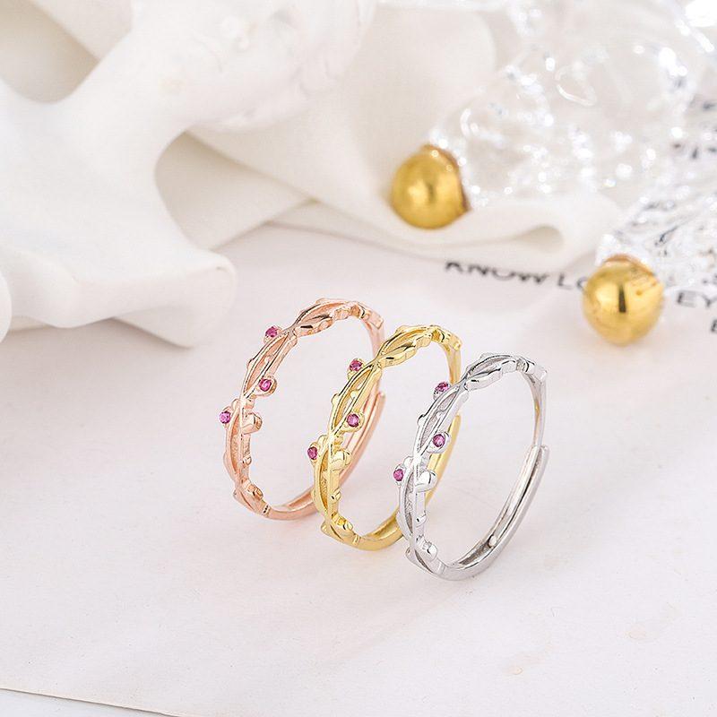 Nhẫn bạc hình hoa thường xuân LILI_272149-01