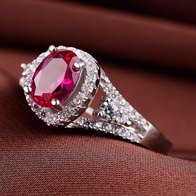 Nhẫn bạc mạ bạch kim đính đá Corundum đỏ LILI_247499-02
