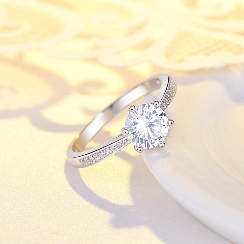 Nhẫn bạc mạ bạch kim đính đá Zircon LILI_422864-02