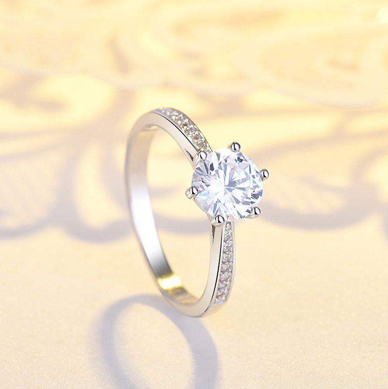 Nhẫn bạc mạ bạch kim đính đá Zircon LILI_422864-04