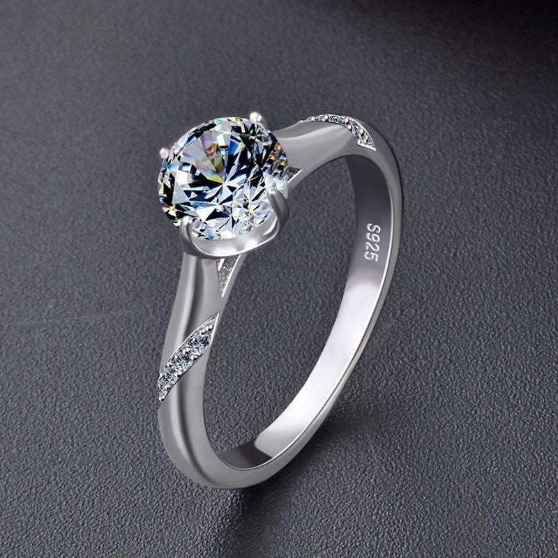 Nhẫn bạc mạ bạch kim đính đá Zircon Royal LILI_424258-02
