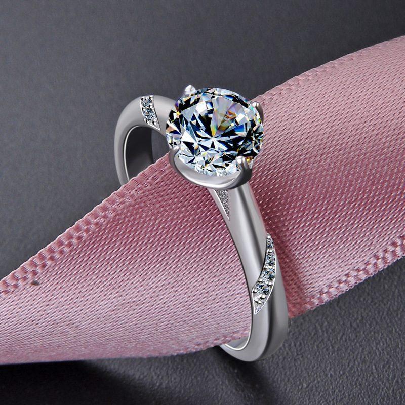 Nhẫn bạc mạ bạch kim đính đá Zircon Royal LILI_424258-03