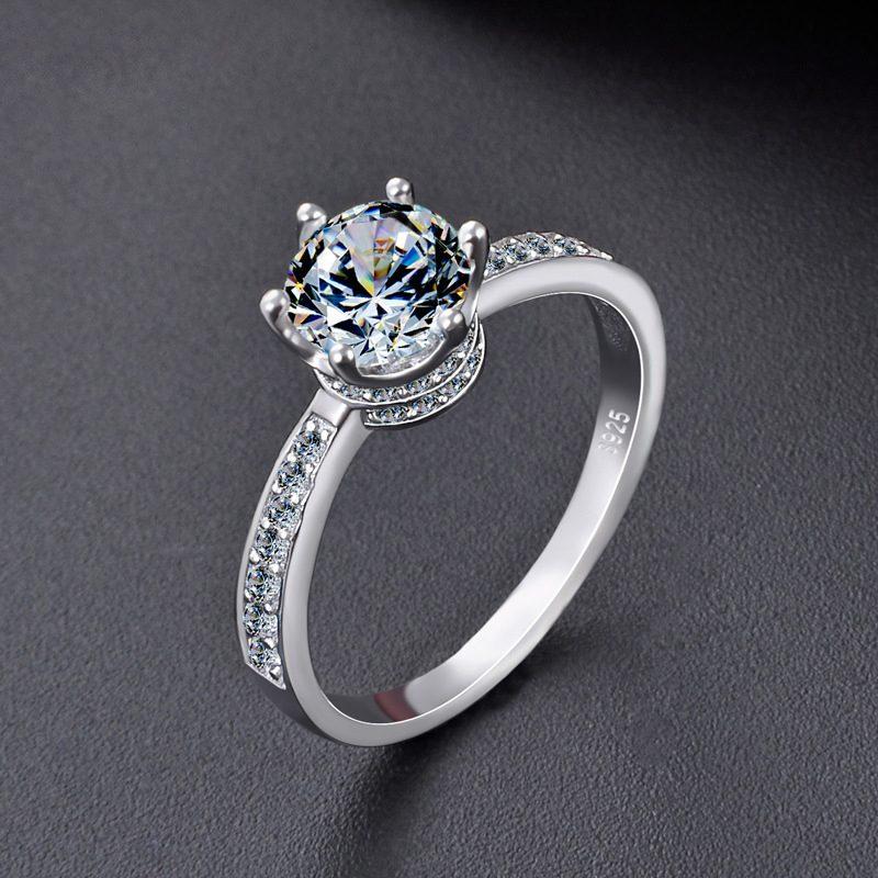 Nhẫn bạc mạ bạch kim đính đá Zircon hình vương miệng LILI_569815-01