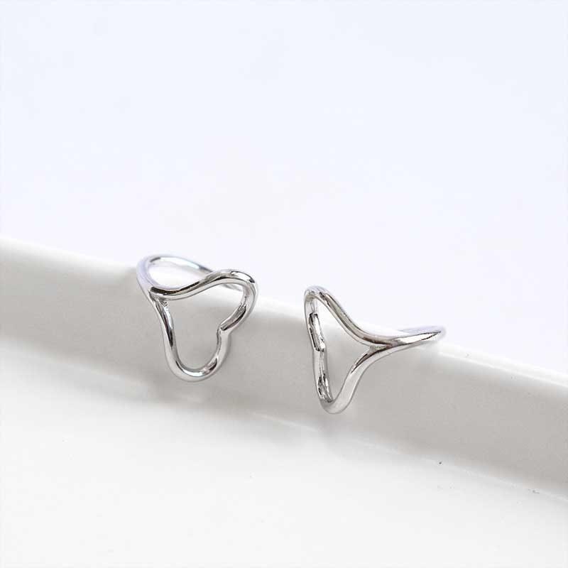Bông tai kẹp bạc Steel Heart LILI_446813_4